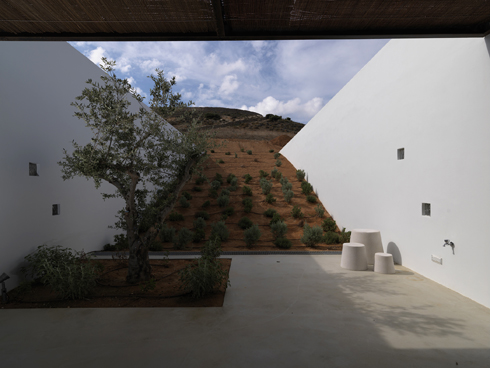 Aloni, Antiparos - Architectural Review, 2010 House Awards, Commendation